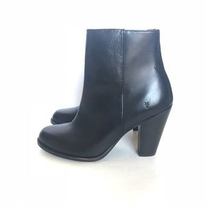 FRYE Black Leather Side Zip Ankle Boots
